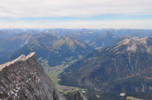 Ausblick von der Zugspitze im Herbst