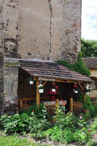 Innerhalb der Kirchenburg von Frauendorf, Axente Sever, in Siebenbürgen, Rumänien