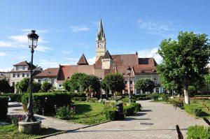 Park 'Piata Regele Ferdiand I in Mediasch, Siebenbürgen, Rumänien