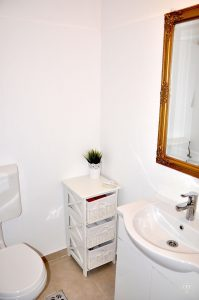 Astra Apartment, große Wohnung - Badezimer