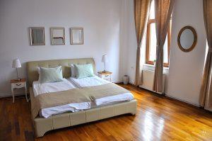 Astra Apartment, kleine Wohnung - Schlafzimmer a