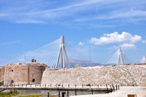 Rio Festung mit Rio-Andirrio-Brücke, Peloponnes, Griechenland