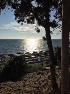 Blick auf's Meer vom Strandrestaurant Belvedere, Dounaika, Peloponnes, Griechenland