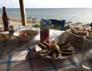 Essen im Strand-Restaurant Belvedere, Peloponnes