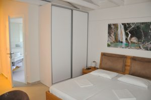 White Villas Schlafzimmer 1