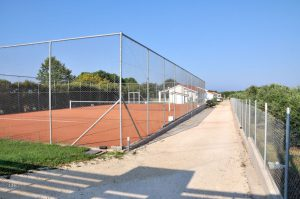 White Villas - Tennisplatz