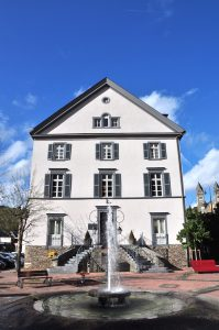 Der Place de la Libération von Clervaux