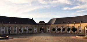 Platz vor der Benediktinerabtei in Echternach, Luxemburg