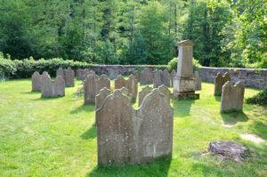 Alter Friedhof der evangelischen Kirche in Solingen Burg