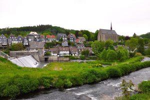 Beyenburg mit Staumauer und Klosterkirche