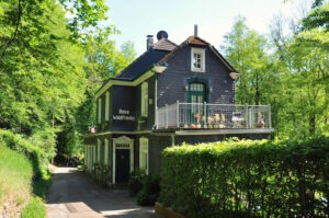 Haus Waldfrieden an der Wupper