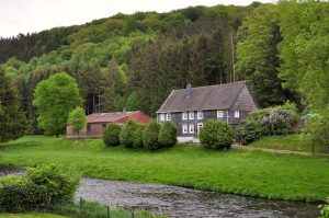 Haus an der Wupper in Beyenburg