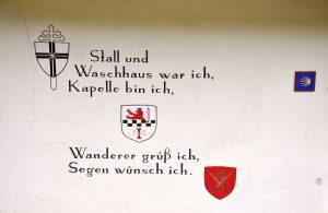 Inschrift auf der kleinen Kapelle in Beyenburg