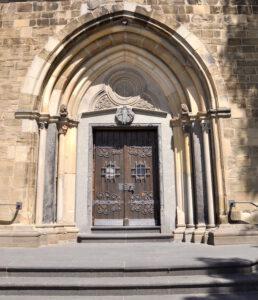 Portal der Kirche St. Mariä Himmelfahrt in Solingen-Gräfrath