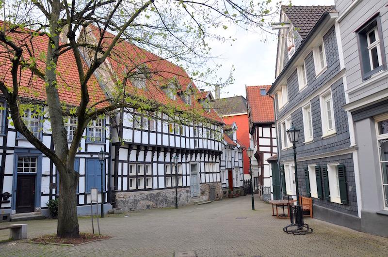 Der Haldenplatz in der historischen Altstadt von Hattingen